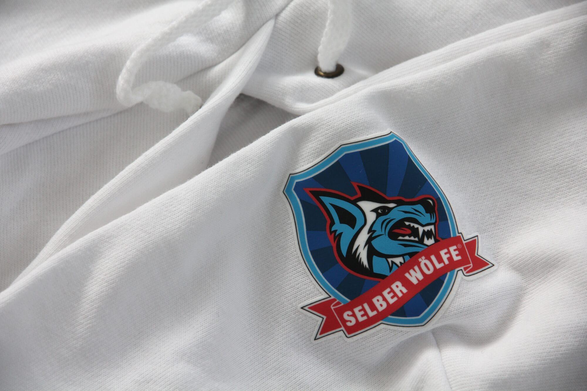 Eishockey-Fanartikel<br>Merch-Partner der Selber Wölfe