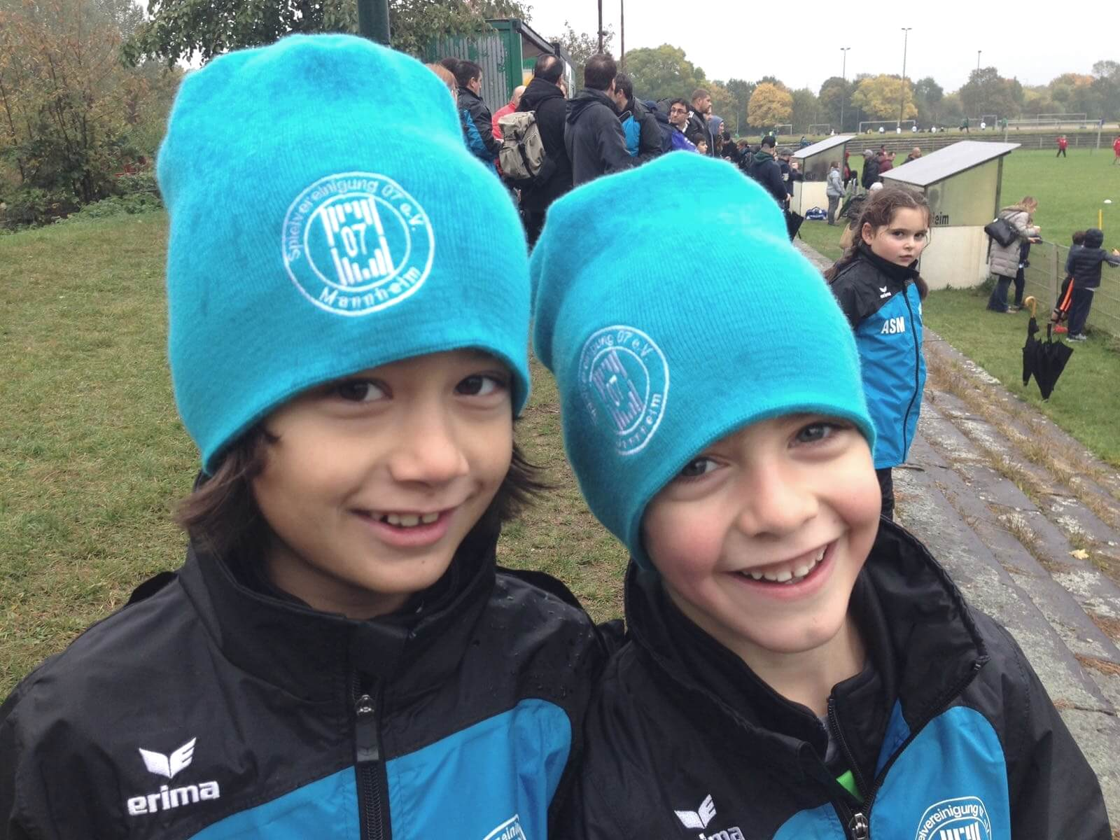 Warme Kinderköpfe im Mannheimer Herbst