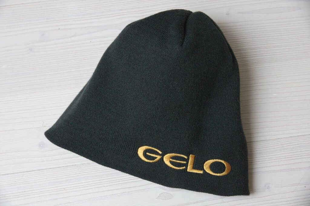 Gold Bestickte Beanie Timber Holz