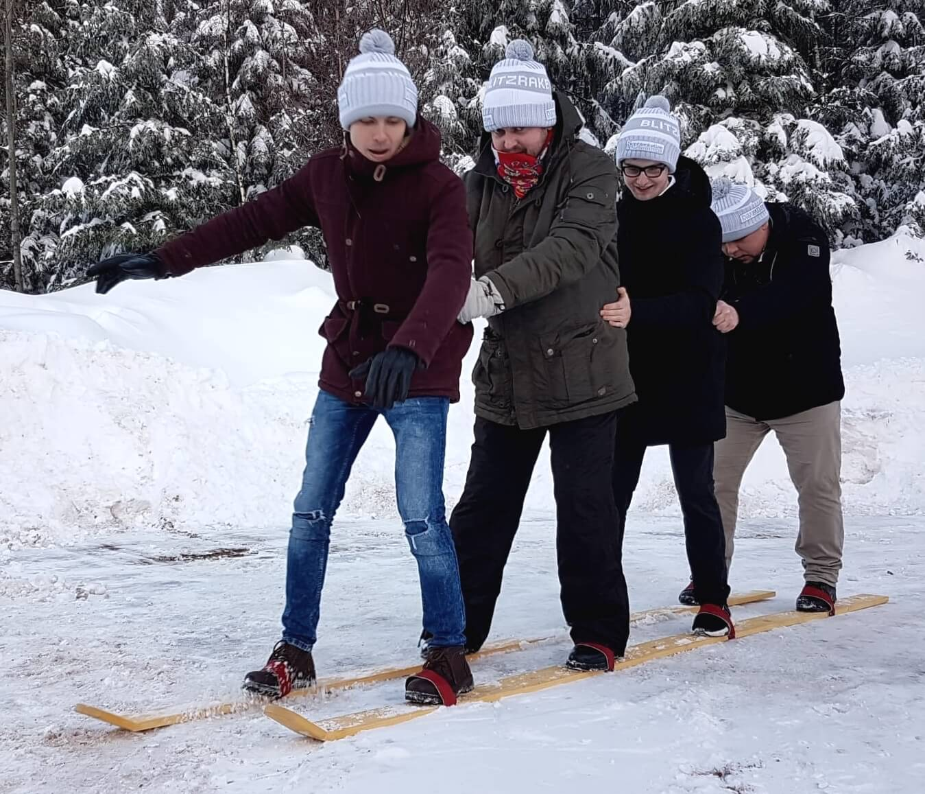 Wintermützen für Gastronomie-Teamevent