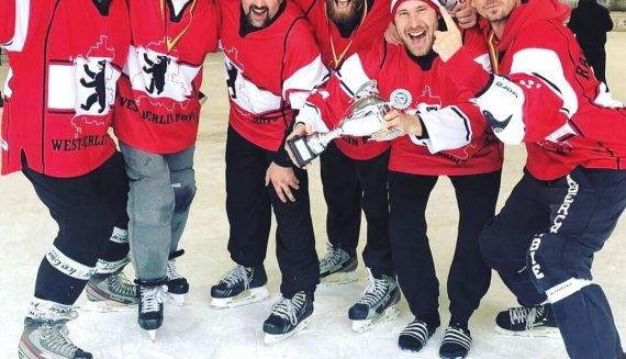2. Deutsche Pondhockey Meisterschaft <br/>MÜTZERIA macht Meister-Mützen
