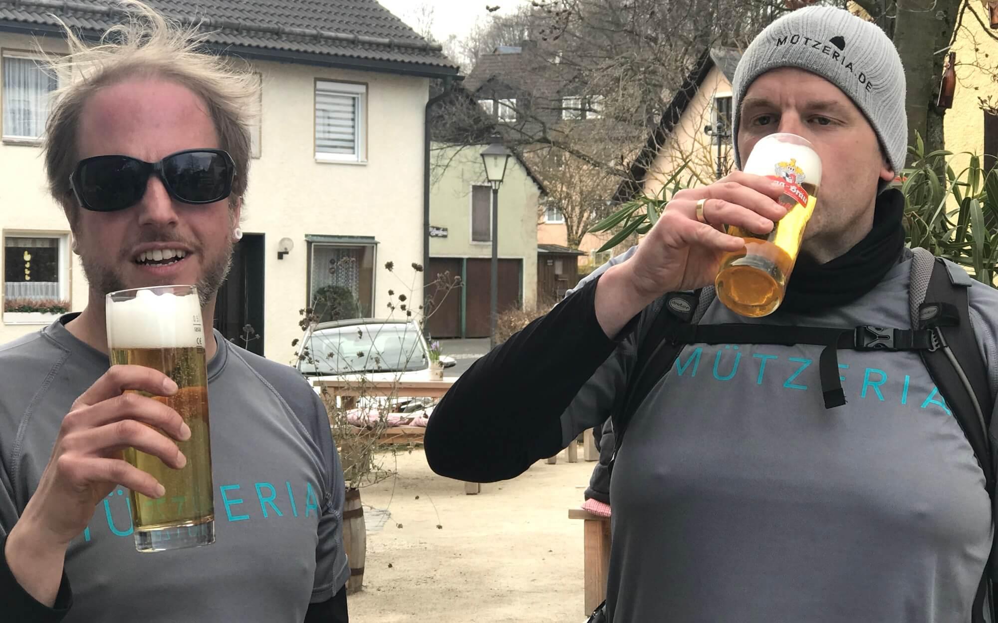 MÜTZERIA Marathon Björn Götz Bier