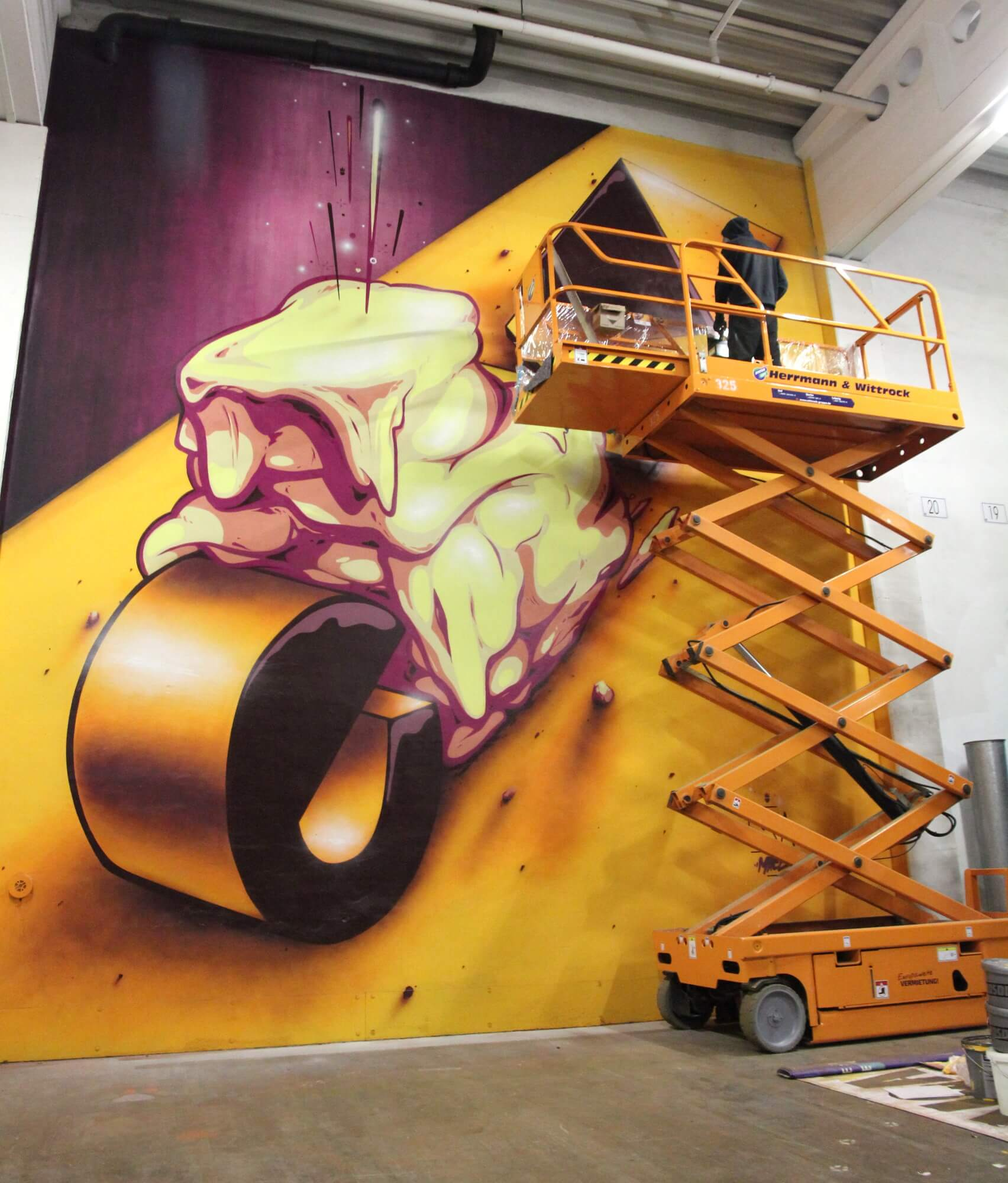 Graffiti Mace Scheren-Arbeitsbühne