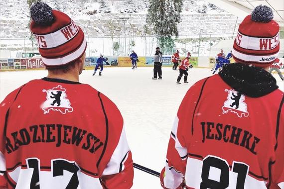 Eishockey-Mütze